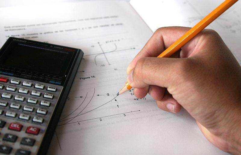 Schuldenrechner Zinsen Und Laufzeit Berechnen